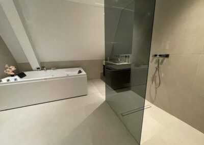 Maas Installatie badkamer inbouw
